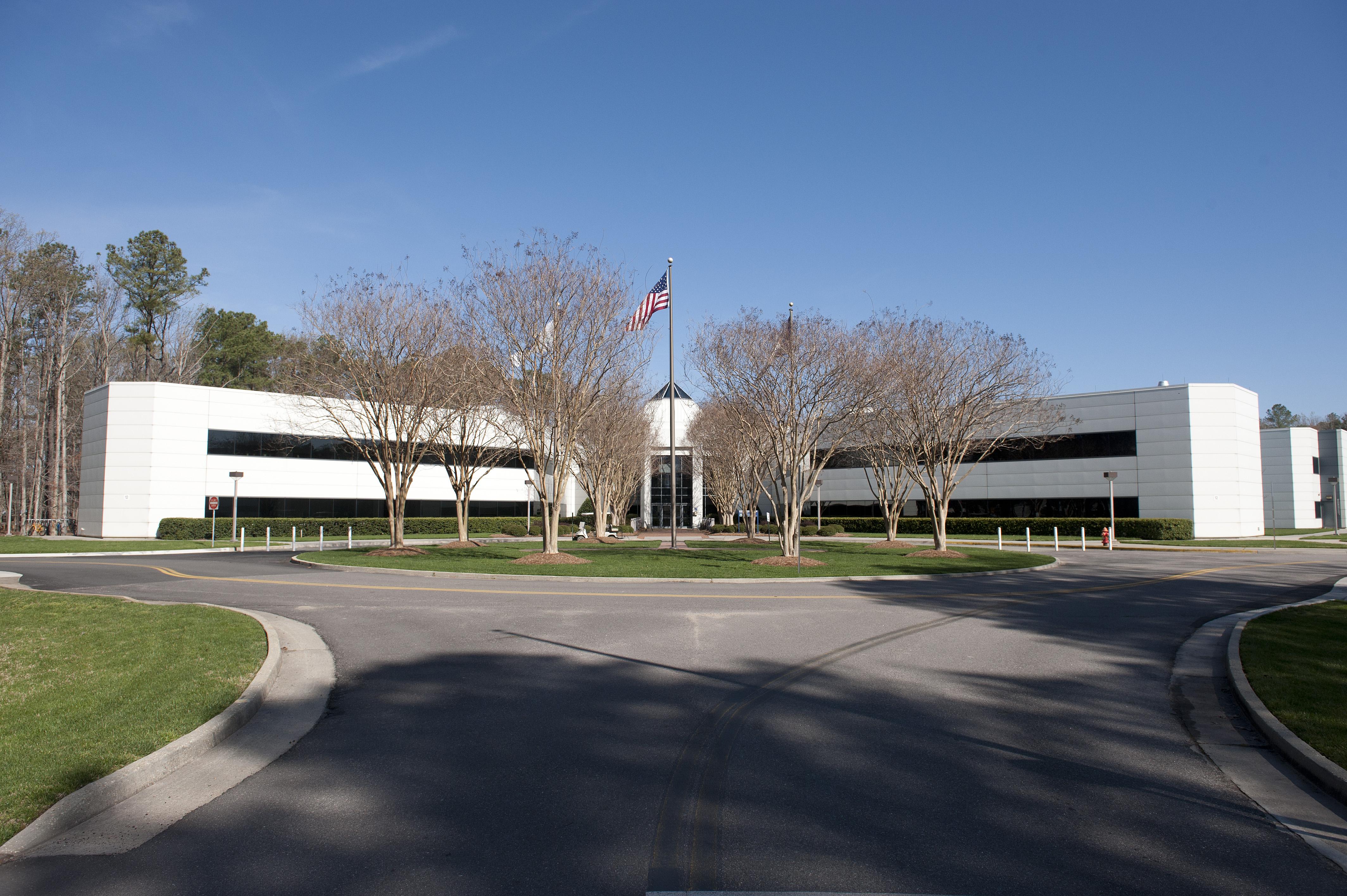 2011 CEBAF Center with flag